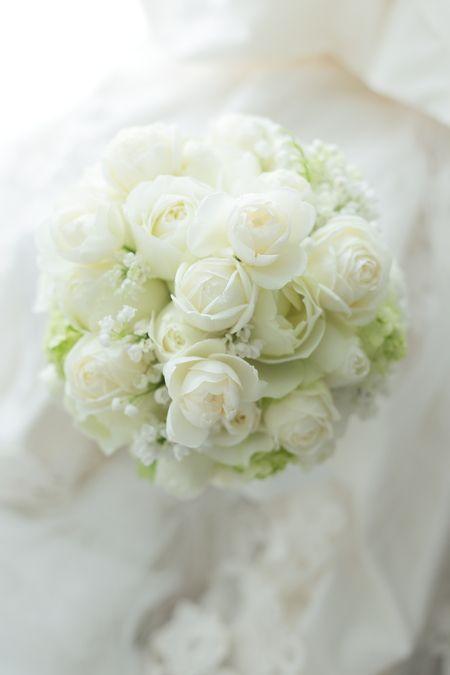 結婚式にぴったりのお花は何?《花言葉》で選ぶおすすめウェディングブーケまとめ♡にて紹介している画像