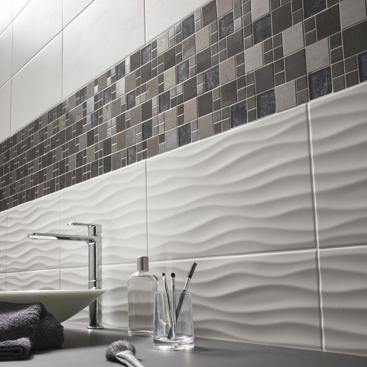 Mur De Mosaique Et Carrelage Relief Blanc Gris Noir Marron Pour Salle De Bain Bathroom Interior Design Bathroom Remodel Designs Bathroom Design Small