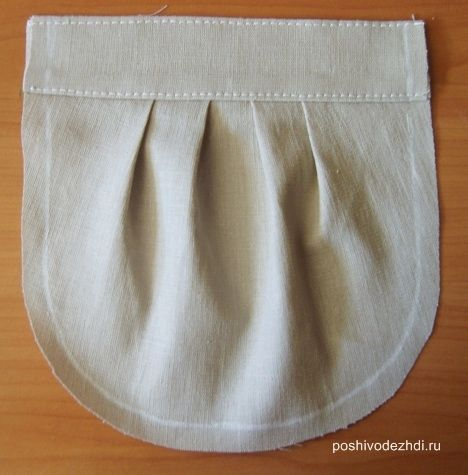 Pleated patch pocket