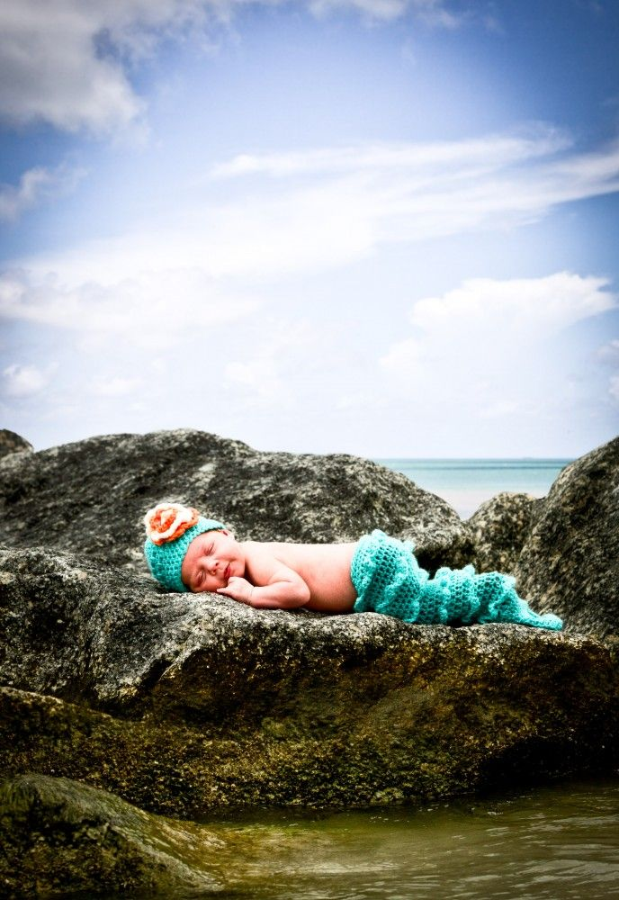 SO CUTE!  @Lindsey Yurmanovich PLEASE stick your child on a rock in the ocean if you have a girl!!!