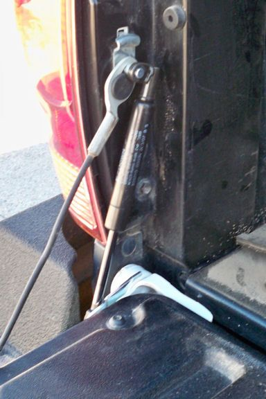 The home of the QuickLIFT system now introduces the truck tailgate EZ Down... A sudden and uncontrolled drop of a truck tailgate not only causes potential damage to your vehicle, it's also creates a serious safety hazard for yourself and others.