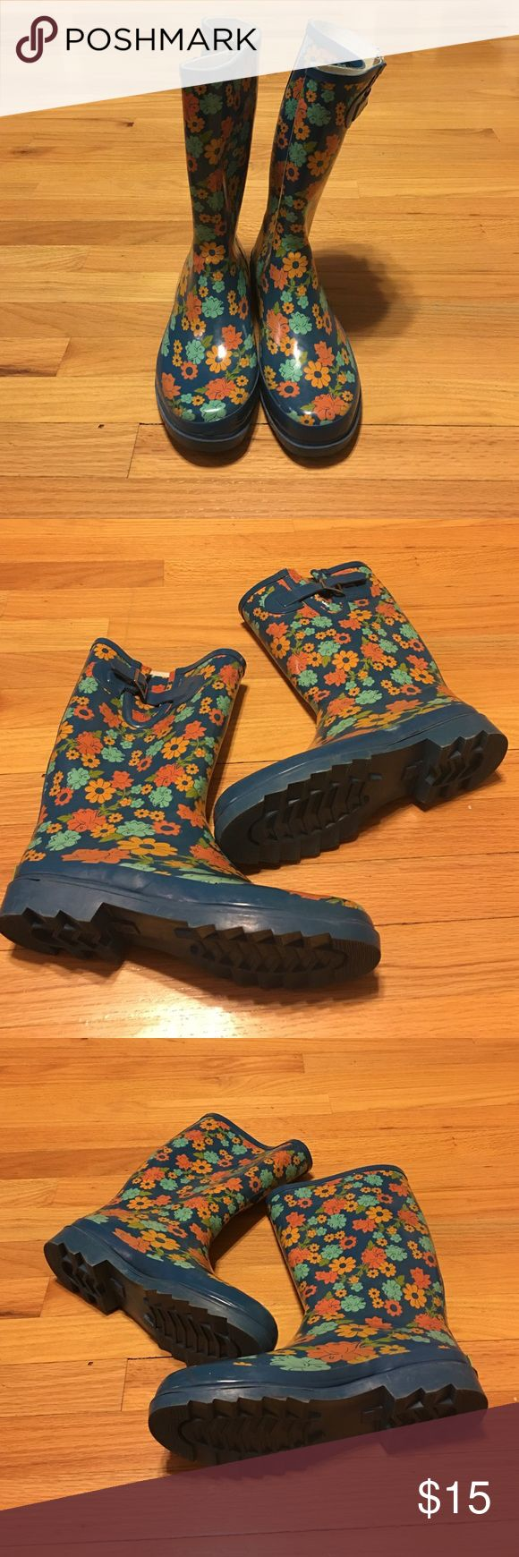 Rain boots Western chief Rain boots in excellent condition Western Chief Shoes Winter & Rain Boots