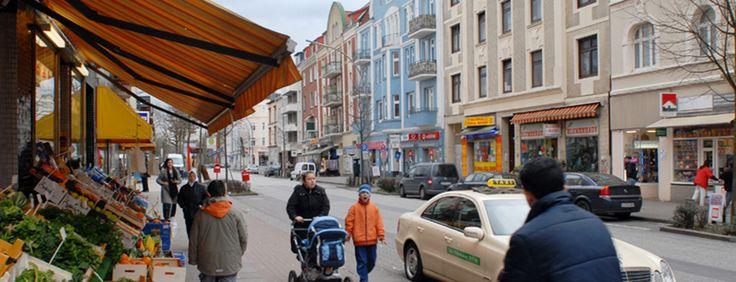Auch mal neue Ecken von Hamburg entdecken: das Reiherstiegviertel (Buslinie 13 Haltestelle Mannesallee).