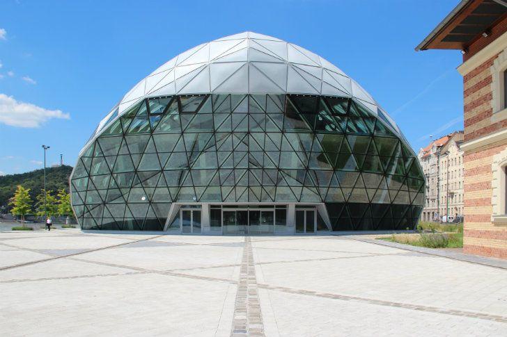 CET-Building-ONL-12.jpg 728×485 pixels