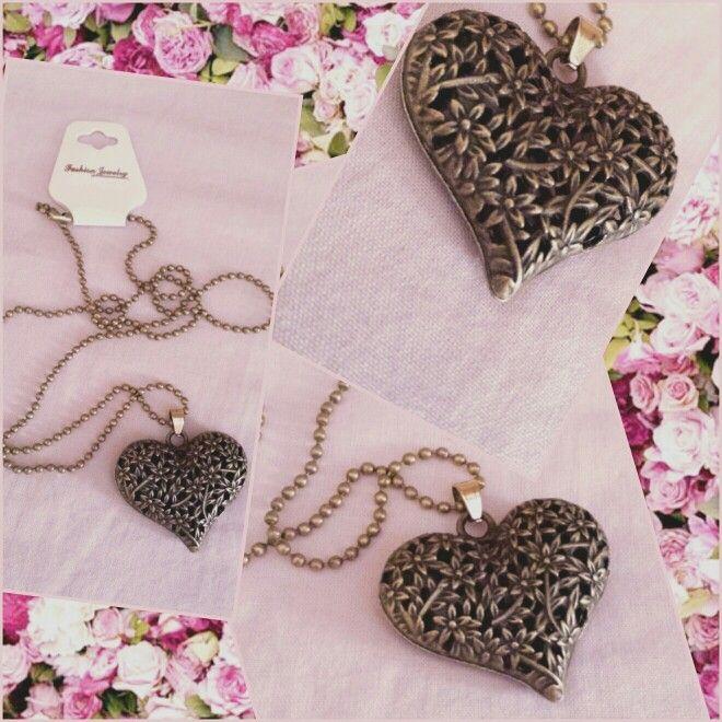 Flower Power Heart necklace Collana lunga con cuore  Shop: https://m.facebook.com/RoseGoldBijoux