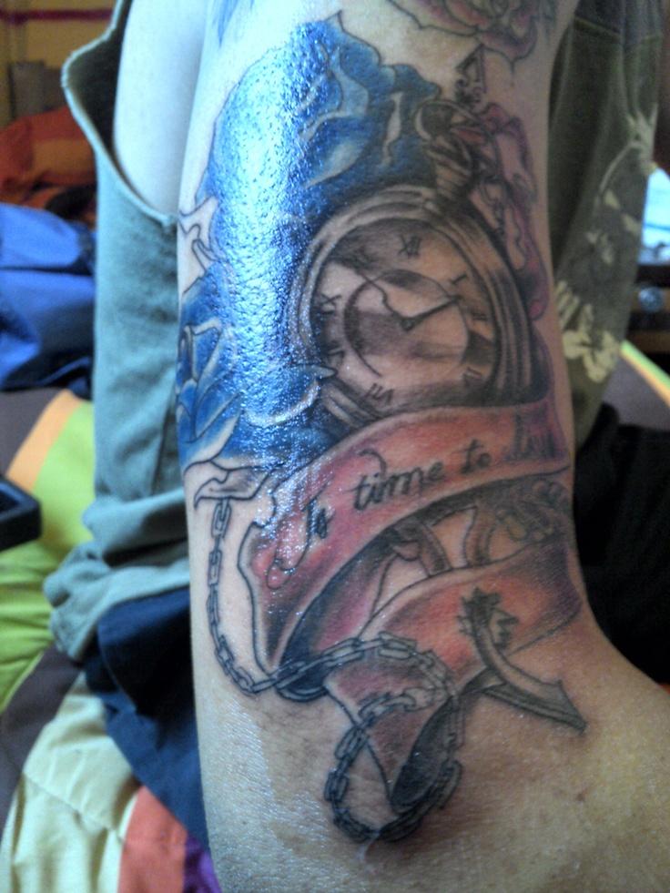 tatto ya con color aplicado