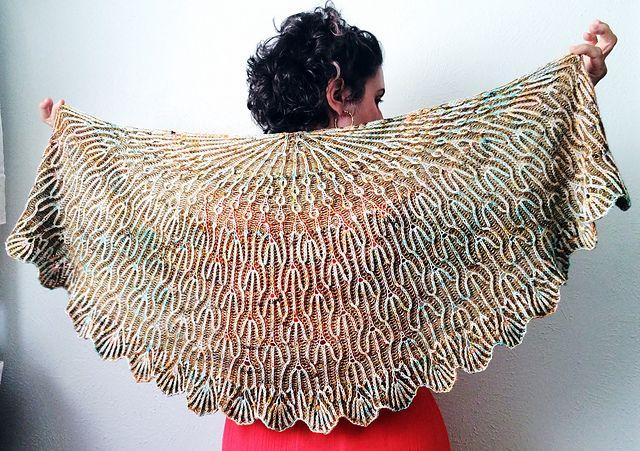 Ravelry: Dandelion Fields pattern by Lesley Anne Robinson