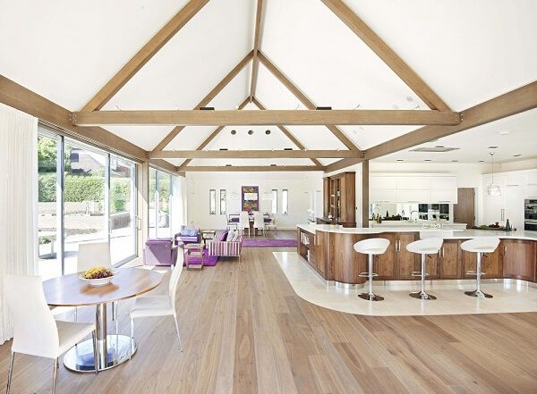 Spacious Kitchen   By Rencraft Featuring Blum Components. For The Full Case  Study Please Visit