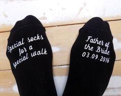 Calcetines de boda personalizados – padre de la novia – calcetines especiales para caminar – regalo de boda – recuerdo – regalo de novia – calcetines de novio personalizados