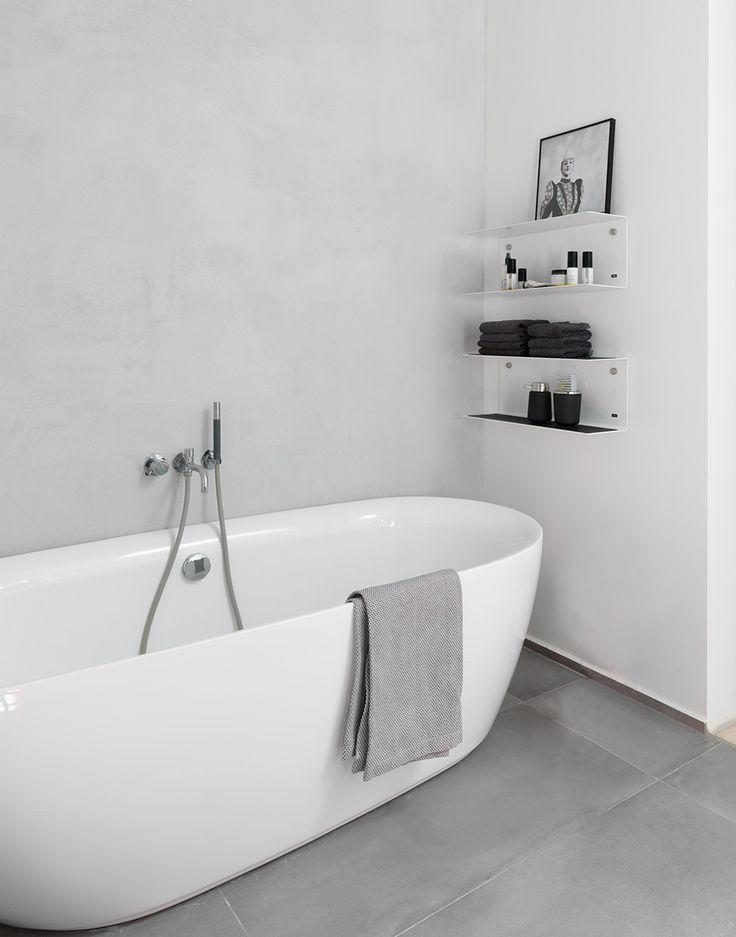 45 Stylish and Laconic Minimalist Bathroom Décor Ideas | DigsDigs