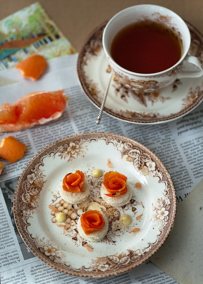 Lapsang Souchong Tea Cured King Salmon with Ginger Lime Cream Cheese (recipe)