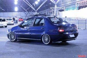 Siena 98 rebaixado e rodas do Fiat Linea