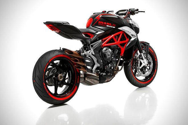 Brutale 800 Diablo Rosso by Pirelli & M.V Agusta 3