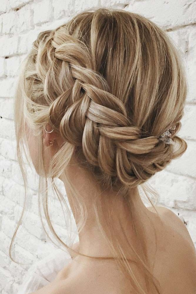 Elegant Ways To Style Side Braid For Long Hair See More Http Lovehairstyles Com Side Braid Long Hair Coiffure Cheveux Courts Coiffure Tresse