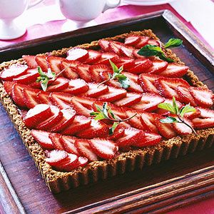 Crystalized ginger and a gingersnap crust embellish fresh strawberries ...