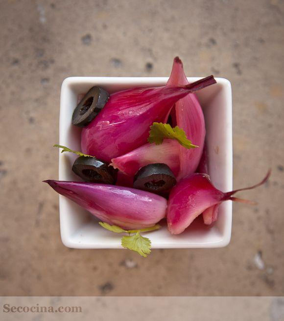 Cebollas rojas en vinagre