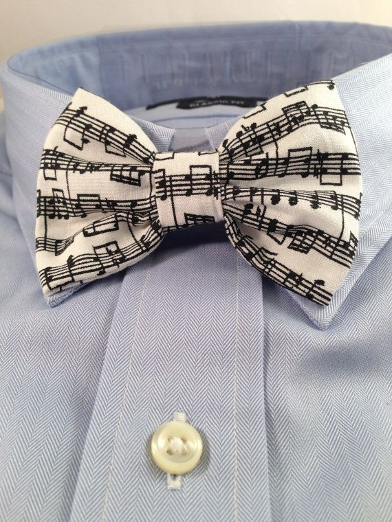 Music Print Bowtie / Bow Tie by 2Marys on Etsy