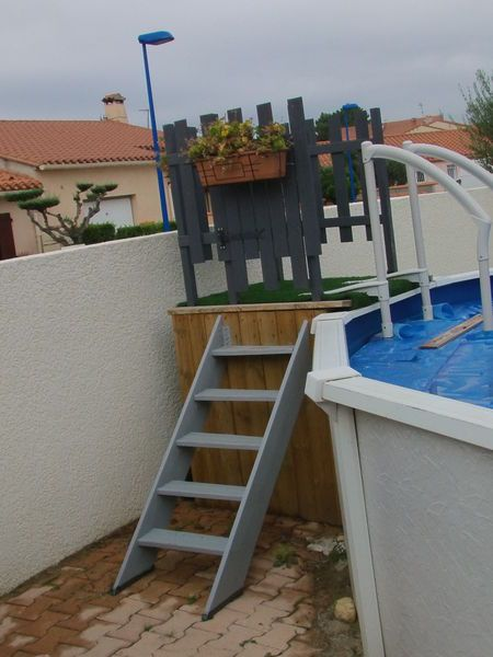 Les 15 meilleures images du tableau piscine hors sur pinterest piscines piscine hors - Echelle piscine hors sol occasion ...