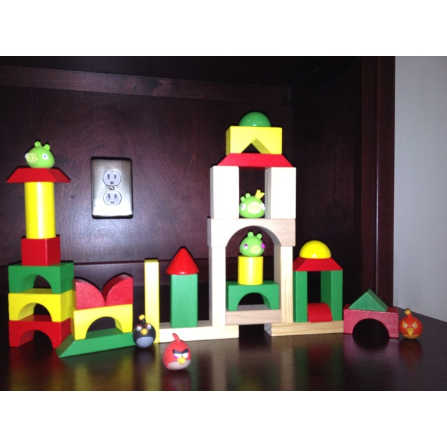 99 best angry birds party ideas images on pinterest bird for Angry bird decoration ideas