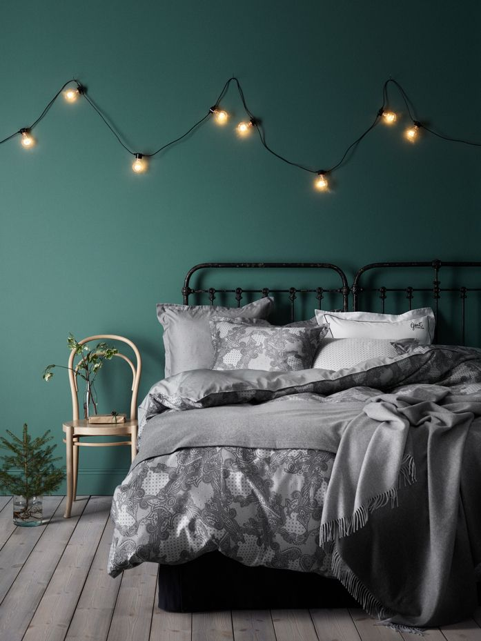 Bedroom in Pantone's Color of the Year; Greenery-photography Kristofer Johnsson