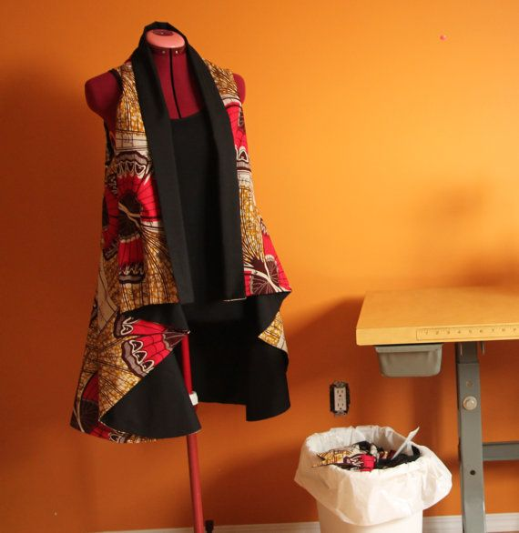 Light jacket african fabric fully lined in black by Khokhodesigns