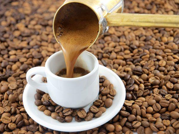 Kahve cezvesi nasıl olmalıdır? Türk kahvesi içerken kahve cezvesi önemi nedir? Keyifle yudumlayacağınız kahve keyfi için aradığınız tüm bilgiler burada. http://www.kahve.info.tr/kahve-cezvesi/