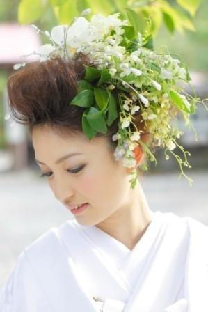 wedding hair for kimono white flower and greens 白×グリーン生花ヘッドドレス