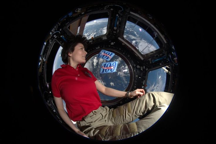 Early start into Day 200 in #space. It's been an amazing journey, thx for coming along! Now time to go home to Earth.