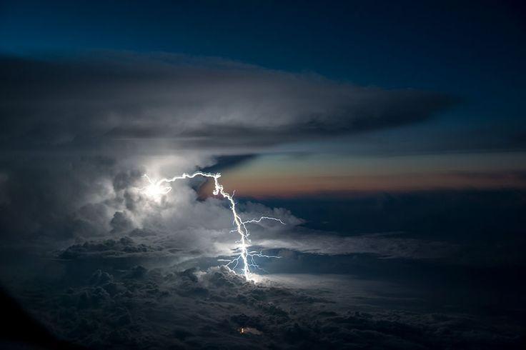 Il cielo visto con gli occhi di un pilota. Le foto di Santiago Borja Lopez
