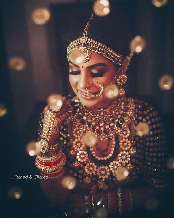 40e92c2d8 Look no further! check out our inspiration gallery for amazing ideas!  Traditional Indian wedding jewellery inspiration for Indian brides | Beautiful  bridal ...