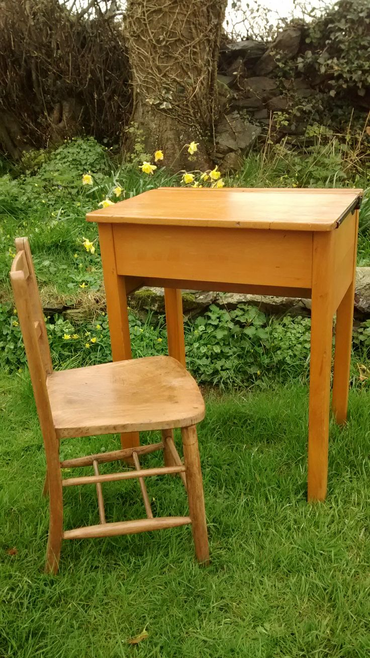 Old school desk. Kalicohome.com