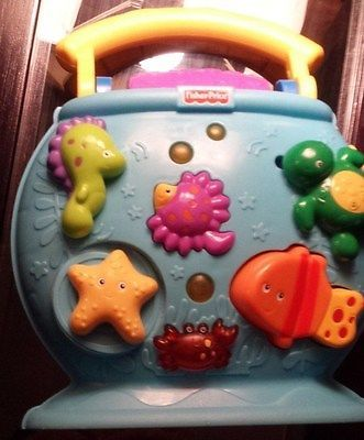 RARE ITEM Fisher Price Ocean Wonders Tote A Tune Fishbowl Used in Good Condition - BUY NOW ONLY 9.99