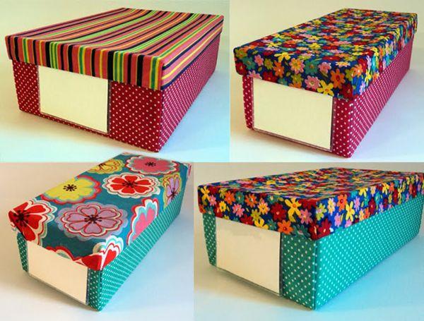 caixa de sapato com tag