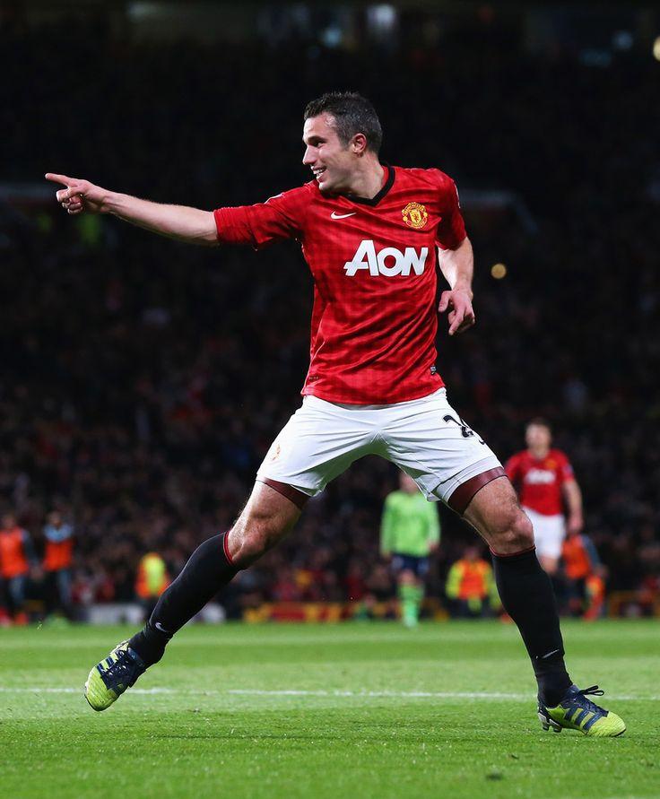 Robin Van Persie - Manchester United v Aston Villa