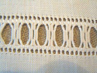 The Pleasure of embroidery: November 2011