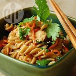 Foto recept: Aziatische pastasalade met kip