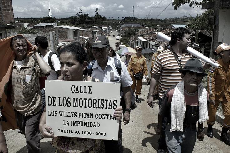 Peregrinación por las calles de Trujillo II. Crédito Rodrigo Grajales.