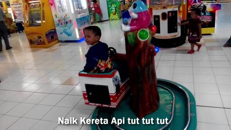 Naik Kereta Api Tut tut tut  Lagu Anak Indonesia - Playground Indoor