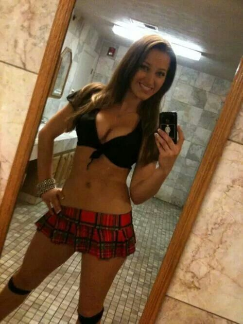 Already selfies brunette teen girls in skirts question