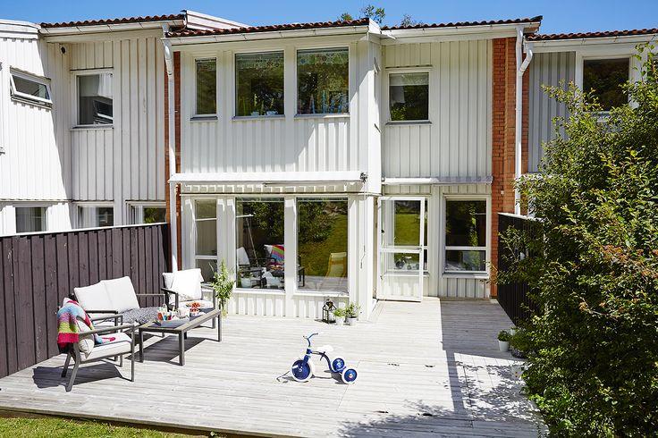 Bostäder | Västanhem – Modernised backyard of an old row house