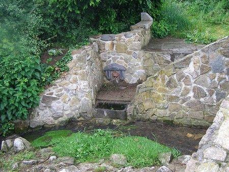 Fontaine place de Bérelles