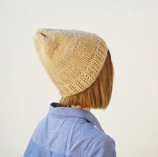 Простая шапка ручной работы
