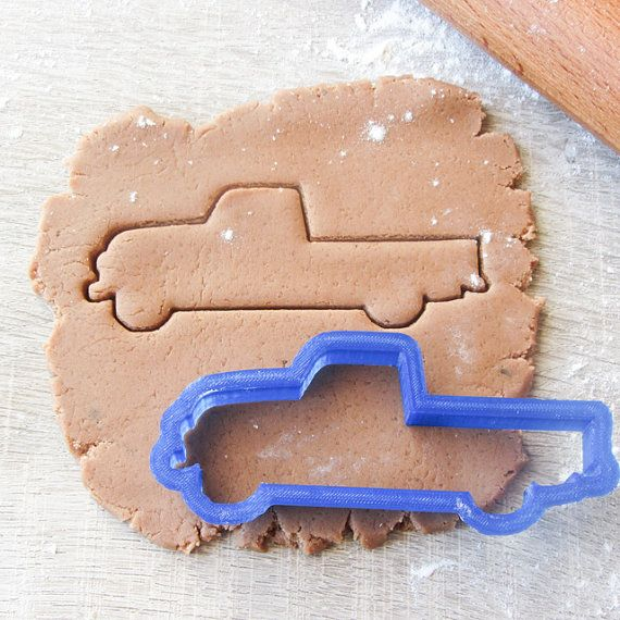Pickup car cookie cutter by LubimovaCookieCutter on Etsy, $6.00