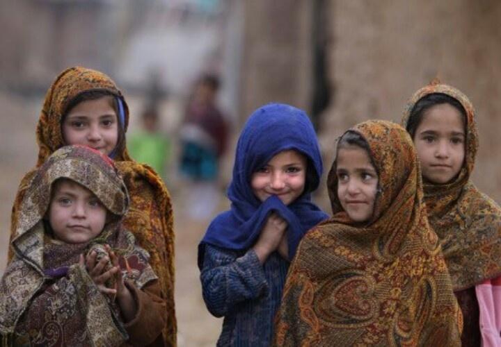 Pakistani girls :)