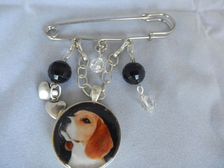 Beautiful beagle in resin pendant   black and clear faceted beads. Silver plated chain, pewter hearts. Hanging from a silver toned kilt pin. | eBay!