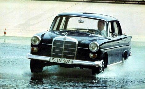 Mercedes_Classe_E_heritage