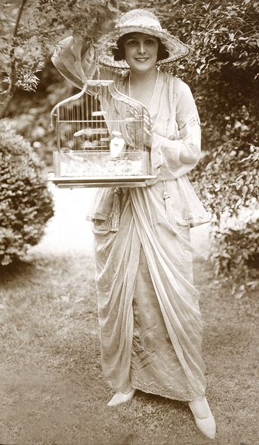 Norma Talmadge, Way of a Woman, 1919. I'm looking for a bird cage like this one................