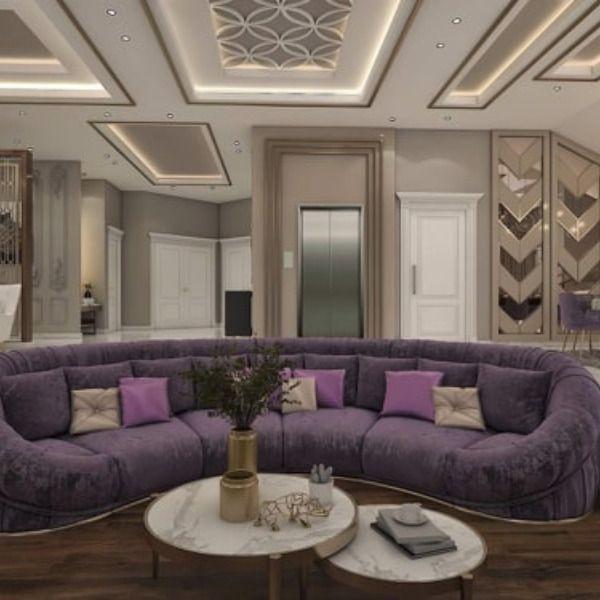 مجلس نساء نيوكلاسيك بتصميم فخم اختار المصمم اللون الموف للاثاث و درجات اللون البيج للجدران وتم توزيع الاضاءه بطريقه احترافيه تزيد من Home Decor Furniture Home