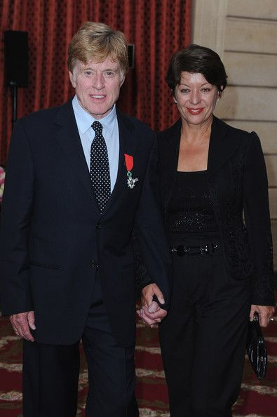 Sibylle Szaggars Photos - Actor Robert Redford and wife Sibylle Szaggars pose after he received the Legion d'honneur at Elysee Palace on October 14, 2010 in Paris, France. - Robert Redford Receives Legion d'Honneur - Ceremony