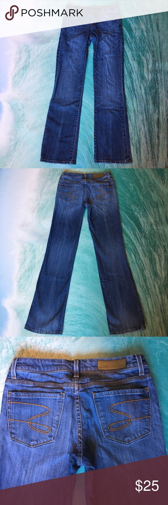 Seven 7 jeans boot cut  7 Seven jeans in great condition some wear on back pockets as shown above and some wear on the bottom  Seven7 Jeans Boot Cut